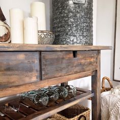 Holy moly! This Ikea sideboard is such a pretty piece!
