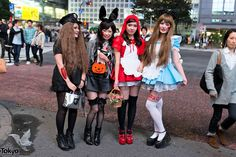 that mom on the right is a genius ... Halloween in Japan - Shibuya ...