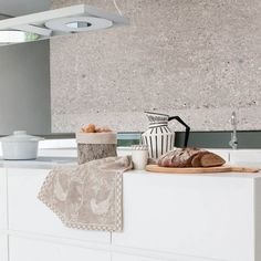 """Paradiesvogel"" Kitchen towel by Leitner Leinen · www.labella-amara.com Linen Bedding, Dreams, Rugs, City, Table, Home Decor, Bird Of Paradise, Homes, Ideas"