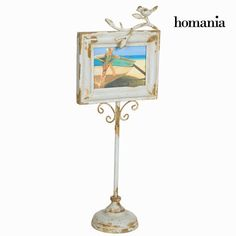 Cadre photo sur pied - Collection Art & Metal by Homania Fr { Multiple Photo Frames, Family Photo Frames, Photo Picture Frames, Oh My Home, Digital Photo Frame, Picture Holders, Home Photo, Style Vintage, Decoration