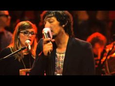 Zoé - Labios Rotos (MTV Unplugged) I LOVE this I became hook with this band Zoé , Leon Larregui, Lo Blondo from Hello Seahorse through this its still my Lets Play Music, Lets Dance, Spanish Music, Latin Music, World Music, Hello Seahorse, Musica Pop, Mtv Unplugged, All About Music