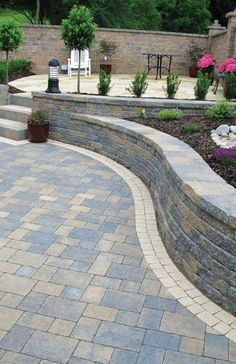The Most Effective Rock Outdoor Patio Suggestions # patioumbrella # patiofurni … - Garten Design Sloped Backyard, Backyard Patio Designs, Backyard Landscaping, Patio Ideas, Landscaping Ideas, Backyard Walkway, Pavers Patio, Patio Stone, Patio Plants