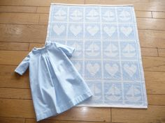 handwoven  drawloom 20 pattern shaft  baby blanket with smocked daygown