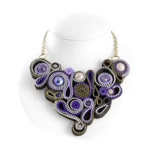 #sortilegio, #necklacezip, #arabesque, #shortnecklace, #violetnecklace, #rigidnecklace, #vortex, #spell