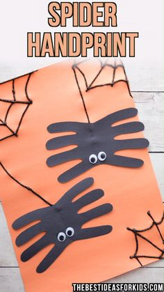 HALLOWEEN CRAFTS FOR KIDS: Spider handprint craft - this is too cute! A perfect Halloween craft for preschoolers, kindergarten or toddlers. #halloween #halloweencrafts #kidscrafts #kidsactivities #handprint #spiders #craft #diy #bestideasforkids