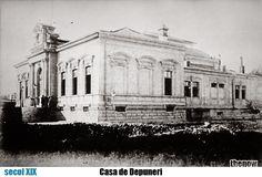"""După demolarea din 1875 a ansamblului Mănăstirii şi Hanului """"Sf. Ion cel Mare"""", care se afla într-o stare avansată de degradare, a fost ridicat primul sediu al Casei de Depuneri. Acesta nu a rezistat mult timp (două decenii), întrucât a fost demolat pentru a se construi, între 1897 şi 1900, Palatul Casei de Economii şi Consemnaţiuni (C.E.C.), cel de astăzi (proiectat de arh. Paul Gottereau). Cec, Old Pictures, Time Travel, Romania, Memories, Beautiful, Bucharest, Cards, Memoirs"""