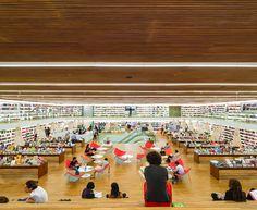 Melhor projeto comercial: Livraria Cultura; São Paulo, Brasil / studio mk27. Cortesia de INSIDE