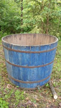 Old-Blue-Paint-Maple-Syrup-Tank-antique-primitive-wooden-High-Horse-Watering