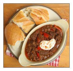 Slowcooker Beef Goulash | Stay at Home Mum #SAHM #food #slowcooker #crockpot