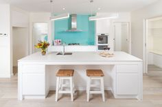 Lekeal Custom Homes   Award winning builders   Lekeal Kitchens  Add a pop of colour with a kitchen splashback. Team up neutral colours, like white or black with fun colourful add-ins. Create your inspiring kitchen!