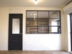 アイアンで製作したStandardオリジナルの建具と間仕切り窓です