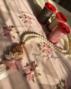 Baby Cardigan, Napkin Rings, Hand Embroidery, Knitting Patterns, Hani, Sweaters, Knit Patterns, Sweater, Knitting Stitch Patterns