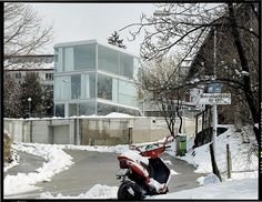 Christian Kerez  House with one wall . Zurich