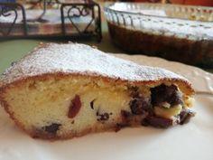 Egyszerűen és gyorsan elkészíthető isteni meggyes sütemény. Banana Bread, French Toast, Cookies, Breakfast, Food, Crack Crackers, Morning Coffee, Biscuits, Essen