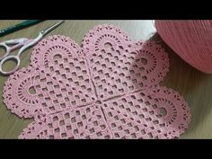 See related links to what you are looking for. Crochet Square Patterns, Crochet Round, Filet Crochet, Crochet Kitchen, Crochet Home, Crochet Baby, Knitted Heart, Crochet Dishcloths, Crochet Videos
