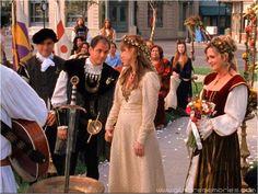 A 'Gilmore Girls' Wedding Gown Retrospective—Which Dress Should Alexis Bledel Wear?