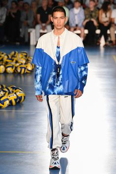 MSGM Spring 2019 Menswear Fashion Show Collection: See the complete MSGM Spring 2019 Menswear collection. Look 6