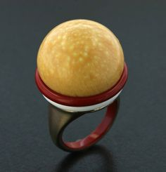 Melo Pearl, Red Ceramic, White Ceramic and 18K Rose Gold Ring by James de Givenchy #Taffin #JamesdeGivenchy #Ring
