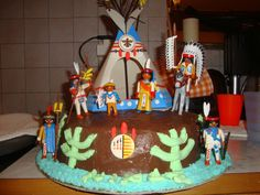 A great birthday cake idea for kids and Playmobil fans for every age.