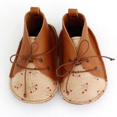 Handmade Leather Baby Shoes   txelllagresa on Etsy