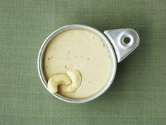 Dip mit Cashewnüssen | Zeit: 20 Min. | http://eatsmarter.de/rezepte/dip-mit-cashewnuessen