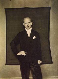 Claude Cahun - self portrait 1921