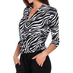 Fashion Women Blouses deep V-Neck Three Quarter Sleeve Overlap Leopard Print Top Casual Blusas Mujer Ladies Office blouses Casual Tops For Women, Blouses For Women, Women's Blouses, Book 15 Anos, Estilo Hippy, Casual Skirt Outfits, Spring Shirts, Leopard Print Top, Fall Fashion Trends