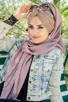Hajib Fashion, Muslim Fashion, Turban, Shawl, Headscarves, Turbans, Moslem Fashion, Veils, Paisley