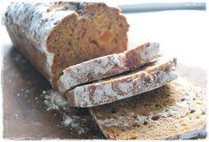 Mor-Mia´s: Saftigt och gott filmjölksbröd Rustic Bread, Banana Bread, Food And Drink, Health Fitness, Breakfast, Desserts, Morning Coffee, Tailgate Desserts, Deserts