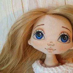 Доброго нежного вечера....#torrytoys #кукларучнойработы #коллекционнаякукла #handmadedoll #handmadeгалерея #кукланазаказ #кукладлядевочки #подарок #новыйгод #кукла