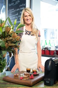 Simmone Logue's bespoke Nespresso Cioccorosso chocolate raspberry brownie. Discover the recipe here: http://j.mp/HRedL9