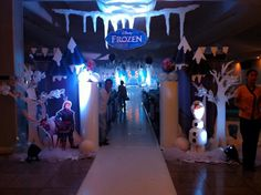 entrance arch for a frozen themed birthday