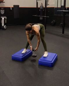 "15.7k Likes, 122 Comments - Alexia Clark (@alexia_clark) on Instagram: ""Slow doesn't mean easy. These burn!! 1. 10 each way 2. 12 reps 3. 15 reps 4. 12 reps 3-4 rounds…"""