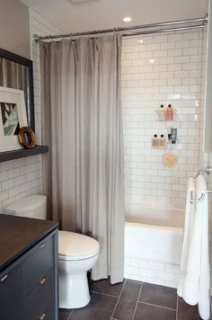 Fantastic Minimalist White Bathroom Remodel Ideasl 27