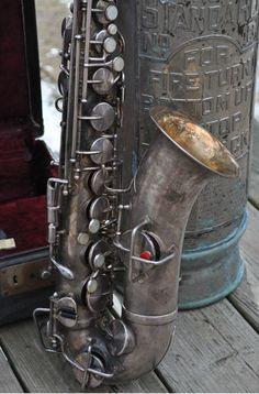 Vintage King Saxophone