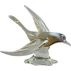 Magnificent Murano Glass Seagull Bird Sculpture made with Opalescent Glass found at www.rubylane.com @rubylanecom