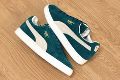 Worn these like for ever, my favorite pair of shoes  #Puma Suede
