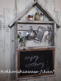 黒板パタパタ扉のおうち型ウォールキャビネット|LIMIA (リミア) Diy Interior, Liquor Cabinet, Chalkboard, Wood Ideas, Art Ideas, Inspiration, Gardening, Home Decor, Happy
