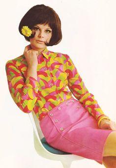 60sfashionandbeauty:  Bright fashions in Finnish magazine Muotisorja, March 1967. (♥)