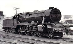 Transport Companies, British Rail, Steam Engine, Steam Locomotive, Vintage Travel Posters, Ireland Travel, Trains, Transportation, Engineering