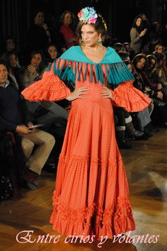 We Love Flamenco 2014 Yellow Headboard, Spanish Costume, Bohemian Gypsy, Classic Style, Costumes, Elegant, Formal Dresses, Womens Fashion, Inspiration