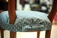 Wonderful Mesmerizing Sewing Ideas for All. Awe Inspiring Wonderful Mesmerizing Sewing Ideas for All. Furniture Fix, Reupholster Furniture, Furniture Covers, Home Decor Furniture, Furniture Makeover, Dining Chair Covers, Sofa Covers, Slipcovers For Chairs, Chair Cushions