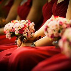 Bridemaids with thr flowers