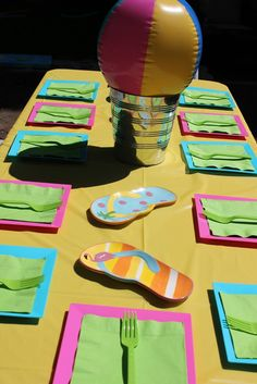Table at a Summer Party #summer #partytable