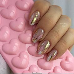 Very impressive collection of nails Color dynamical Nail Polish! howdy everybody In today's nail art tutorial, Minnie goes to indicate you the way to your terribly own custom DIY color dynamical cosmetic at home! this is not simply a silly na - # Pink Nails, My Nails, Foil Nail Designs, Nails 2018, Party Nails, Foil Nails, Nails With Foil, Foil Nail Art, Minimalist Nails