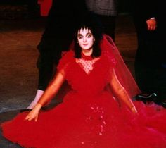 BROTHERTEDD.COM - costumeloverz71: Lydia Deetz (Winona Ryder) Red... Amazing Halloween Costumes, Halloween Movies, Halloween Dress, Halloween Kostüm, Halloween Cosplay, Halloween Icons, Halloween Inspo, Costumes Kids, Halloween Birthday
