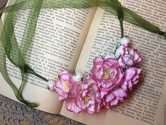 """Купить Колье из Фома """"Нежность"""" - комбинированный, колье, Нежное, цветочное колье, цветы из фоамирана, фом"""