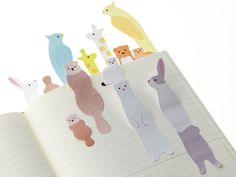 "mijbilcreatures: ""Animal sticky notes - so cute! Paper Art, Paper Crafts, Kawaii Stationery, Office Art, Sticky Notes, Paper Goods, Kids Toys, Crafts For Kids, Origami"