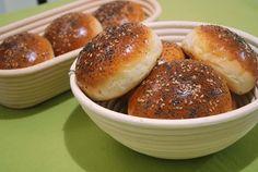 panecillos_hamburguesa_1_mtm Cooking Recipes, Healthy Recipes, Pan Bread, Bread And Pastries, Artisan Bread, Pretzel Bites, Scones, Biscotti, Hamburger