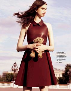 Romance In Paris: Lily Mcmenamy By Leslie Kee For Vogue Taiwan August 2014